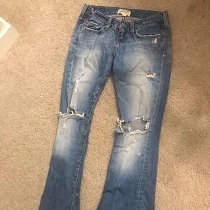 Old school Abercrombie favorite broken in jeans
